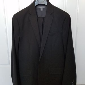 Kenneth Cole Reaction Two Piece Suit M / 34-30